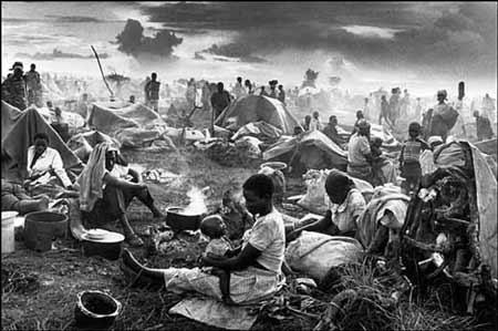 Руандийские христиане, уцелевшие после исламского геноцида 1994 года в